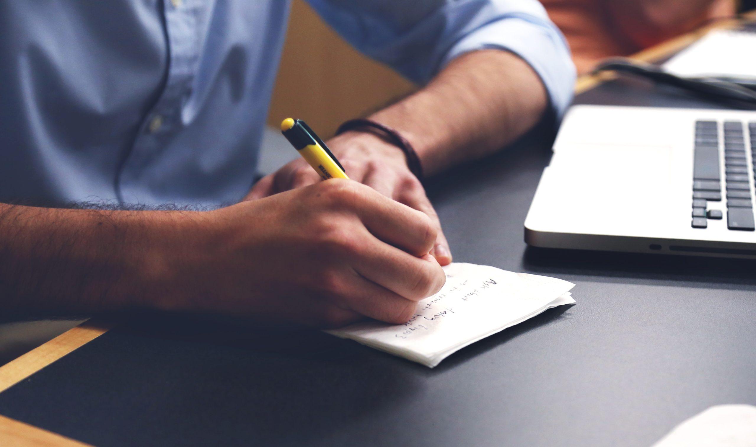 Rédiger un CV de développeur web